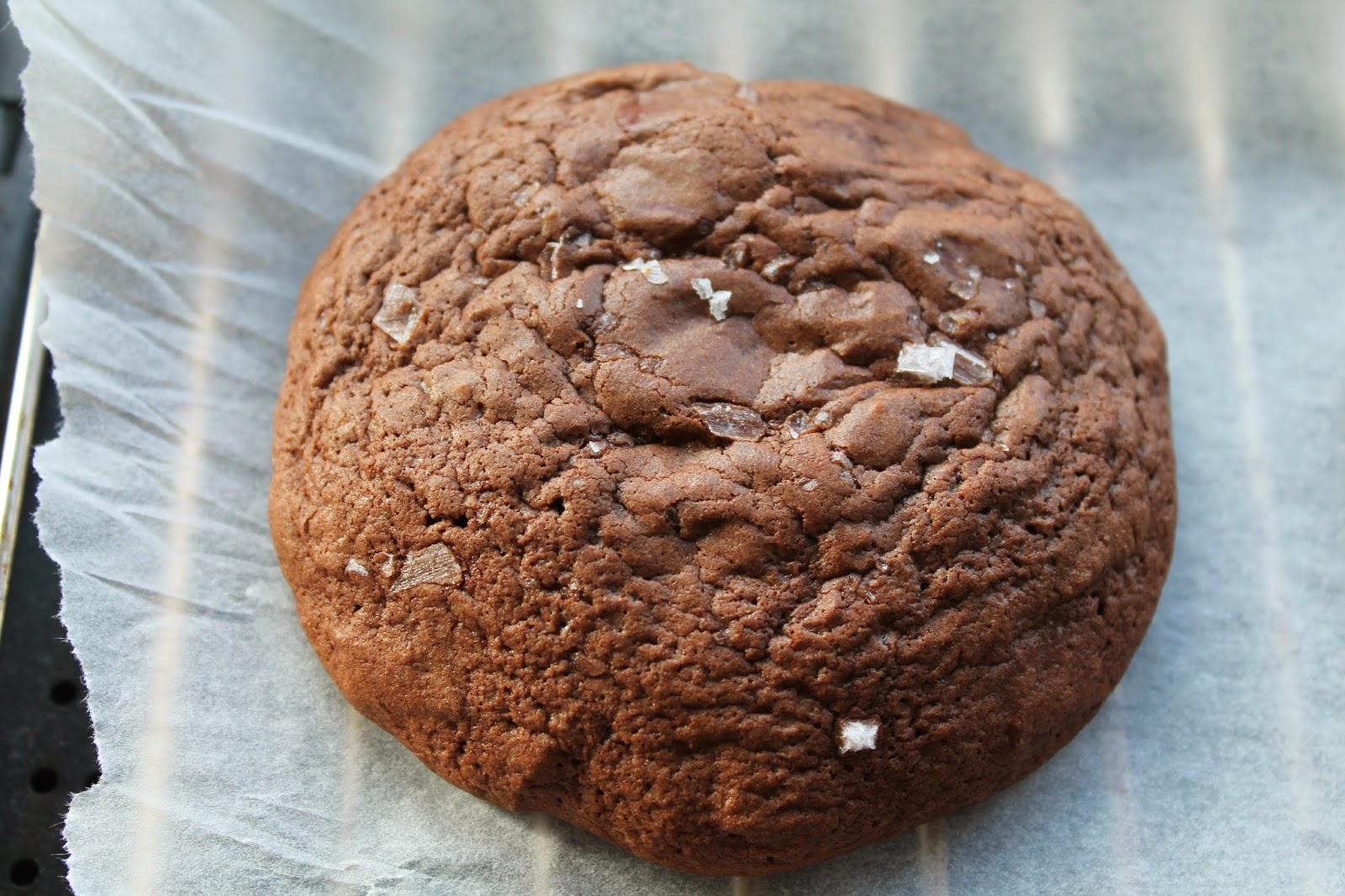 opskrift på cookies med chokoladestykker